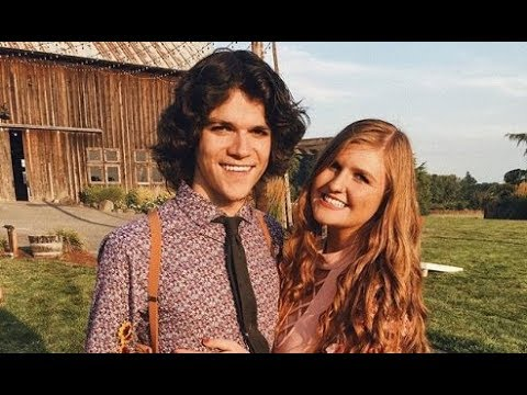 how old is molly roloff now