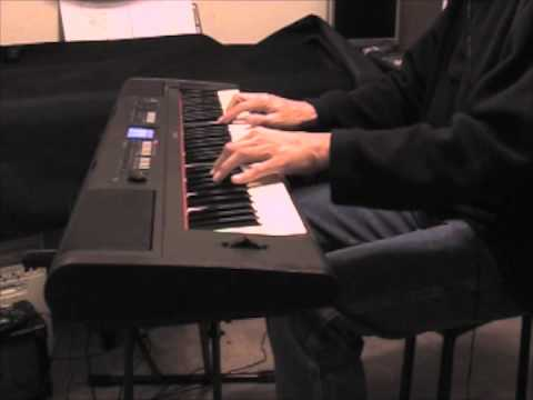 white christmas piano solo on the yamaha piaggero np v80. Black Bedroom Furniture Sets. Home Design Ideas