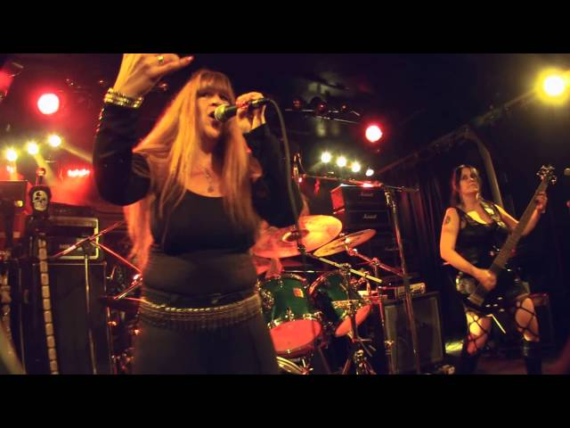 Live in Mtl Opening for Doro
