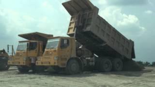 XCMG Off Highway Dump Truck Unloading Sand