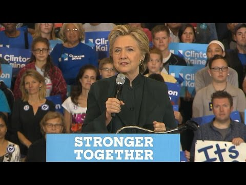 Hillary Clinton campaigns in Ohio