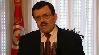 Si dimette il Primo Ministro della Tunisia, il paese procede verso le elezioni