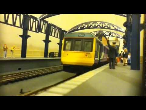 Hornby Class 142 Northern Rail Pacer Legomanbiffo DCC Sound: Mini-movie