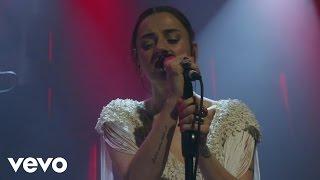 Ceyl'an Ertem - Bir Erkek Yüzünden (Live) Video