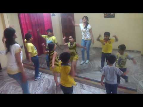 Chicken Kukdoo Koo (kids)- Dance Choreography - Paridhi Vyas