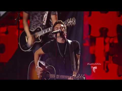 Dvicio | Latin American Music Awards | Telemundo | Enamorate