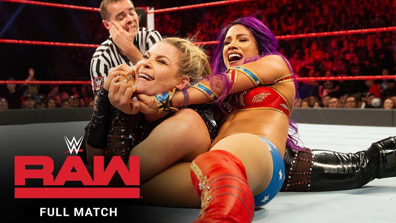 Download FULL MATCH - Eight-Woman Gauntlet Match: Raw, Dec. 17, 2018