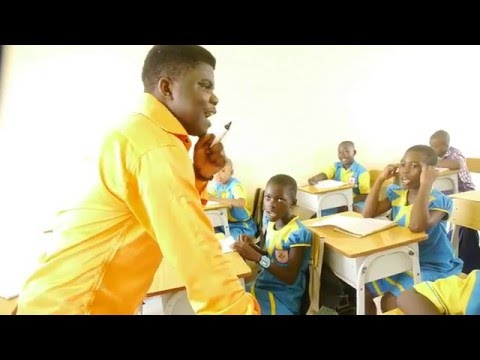 Black Guy Teaches Chinese In Africa