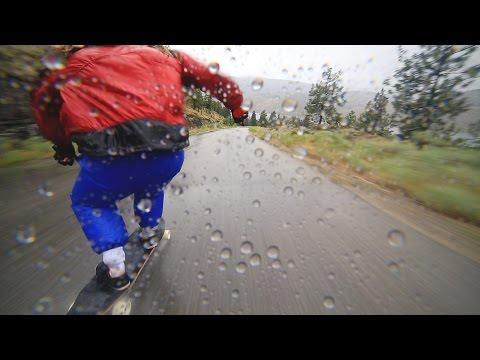 sportourism.id - Aksi-Ekstrem-Downhill-Longboarding-Daniel-Holdsworth