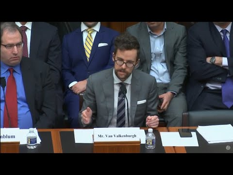 Congress Holds First Hearings on ICOs