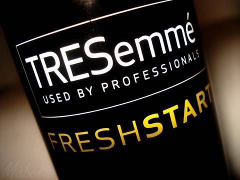 review:-tresemme-dry-shampoo-vs.-big-sexy-hair
