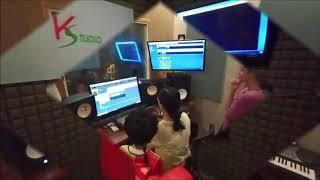 Hai anh em thu âm bài Hạt Gạo Làng Ta - 20200104