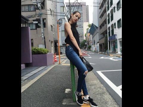 水原希子の個性的なファッションに「黒い金太郎」「エプロン?」と反響