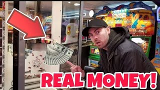 There's MONEY Inside These Arcade Games!! Can We Win?? ArcadeJackpotPro