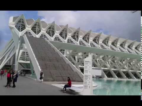 Valencia travel guide part 1:  famous places and events in the Valencia travel guide
