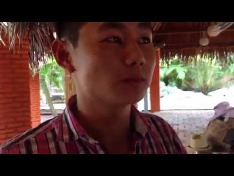 Trải nghiệm ăn Đuông Dừa lội mắm - Cần Thơ - Vietnam - Eating Larvae/Bug