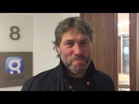 John Bishop pranks Adele