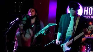 Velvet Darkness - Rainbow In The Dark (Dio cover) (en vivo) - Hobos