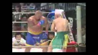 БОЙ: тайский бокс против бокса