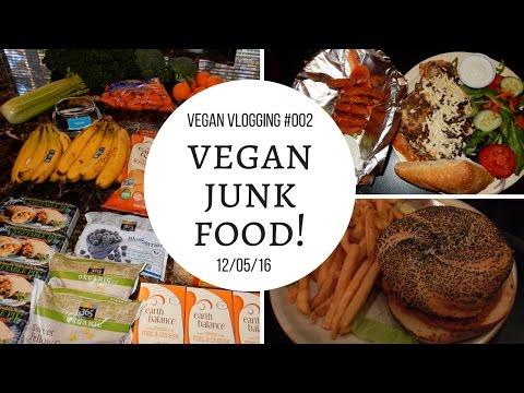 Vegan Vlogging #2 Vegan Junk Food Grocery Haul, The Remedy Diner & More! (Dec 2016)