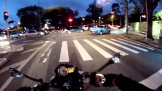 Rodrigo90 - Olha a fechada, imbecil entra e para no meio da pista