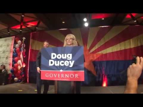 Jan Brewer congratulates Doug Ducey on gubernatorial win