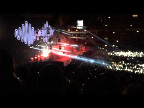 Arctic Monkeys - I Bet You Look Good On...