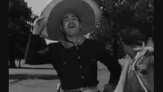 """Julio Aldama """"El Hombre Alegre"""""""