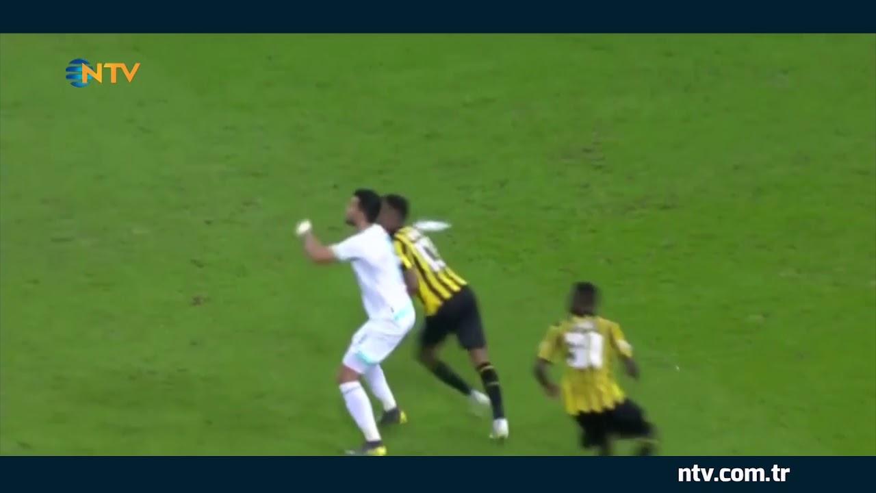 Suudi Arabistan'da muhteşem gol...  (Spiker anonsta Ronaldo'yu hatırlattı)