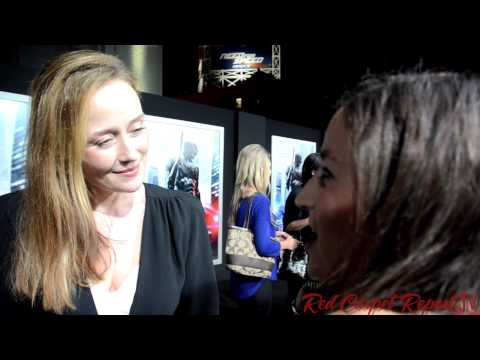 "Jennifer Ehle ""Liz Kline"" @jennifer_ehle at the Hollywood Premiere of ""RoboCop"" #RoboCop"