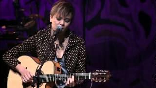 """Maria Gadú - """"Linda Rosa"""" {feat. Leandro Léo} - DVD Multishow Ao Vivo [Vídeo Oficial] thumbnail"""
