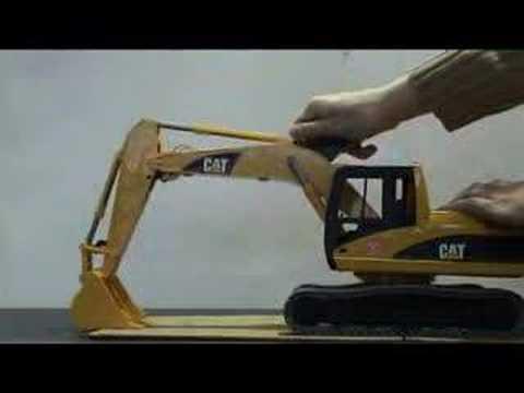 BRUDER 02438 - CATERPILLAR Excavator
