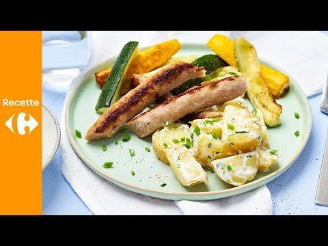 chipolata-à-la-courgette-grillée,-salade-de-pommes-de-terre-et-sauce-ciboulette