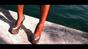 Oliver deVille feat. Micaela Schäfer - JUMP! (Official Video)