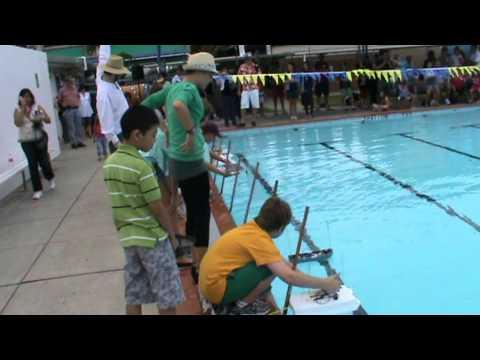 2011 Gold Coast solar boat challenge-Team MHSS 3