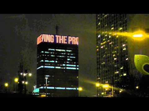 La Salle Lights Up the PECO Building