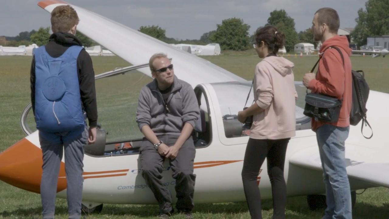 The Scottish Gliding Centre – Portmoak Airfield