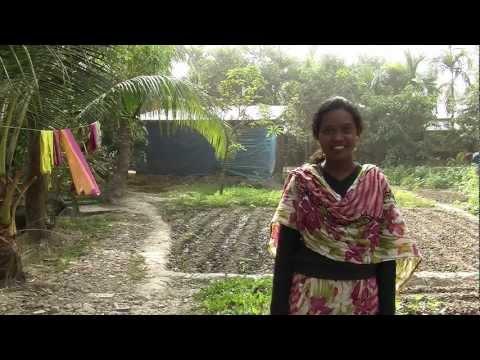 Sundorboner Nritattik Munda Jonoghosti (The Mundas Of The Sundarbans, In Bengali)
