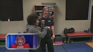 Wanda Sykes Learns Some Self Defense on