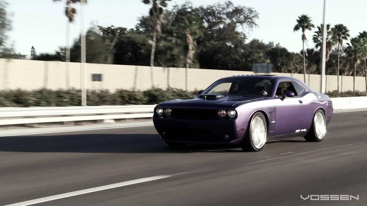 """Dodge Challenger R/T on 22"""" Vossen VVS-CV1 Concave Wheels / Rims"""