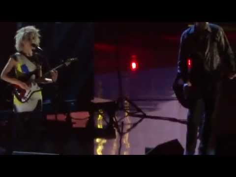 Nirvana feat. Annie Clark (St Vincent) - Lithium  Live at Rock And roll hall of fame