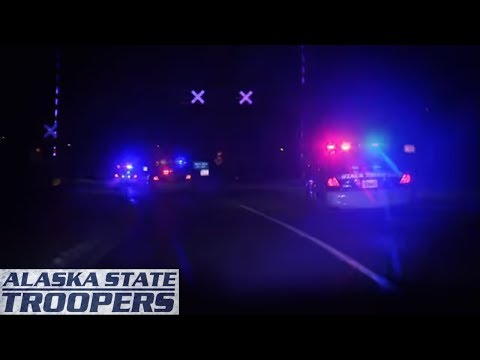 Alaska State Troopers S4 E19: Hot Drugs Icy Streets