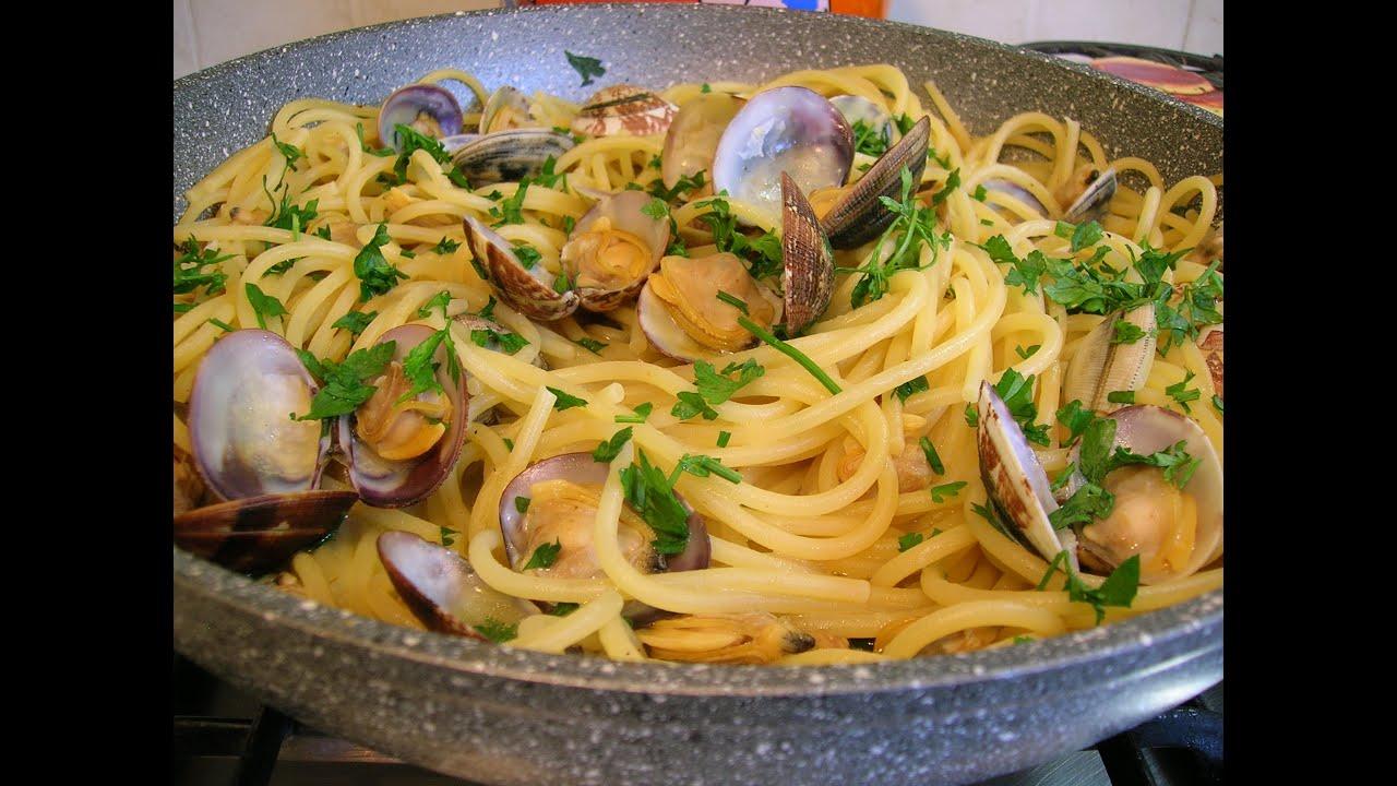 Spaghetti con Vongole Veraci  YouTube