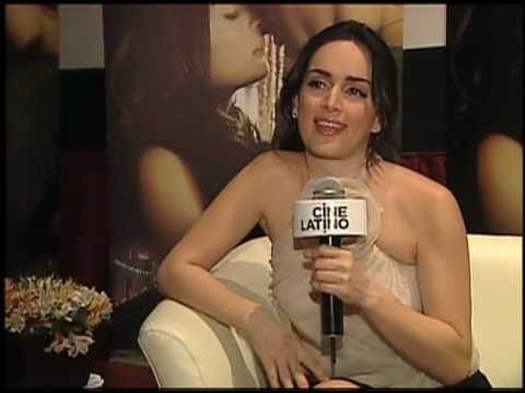 PARAISO TRAVEL entrevista con Ana de la Reguera