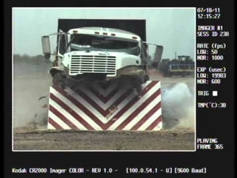 SW1900 Wedge Barrier - Crash Test