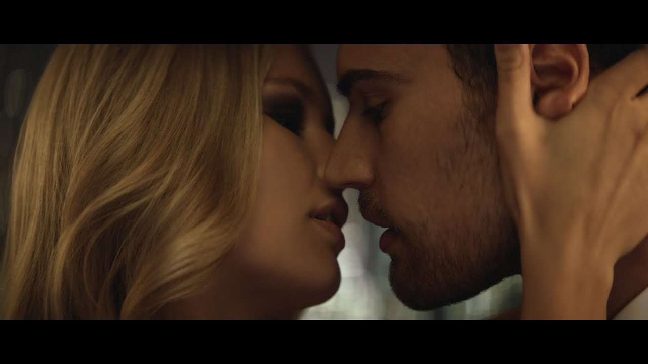 Boss The Scent For Her Official Video With Anna Ewers Theo James