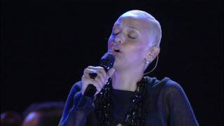 Watch Mariza Medo video
