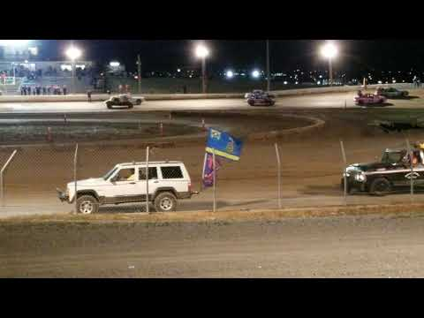 Racers pay respects to Fig at Pahrump Valley Speedway