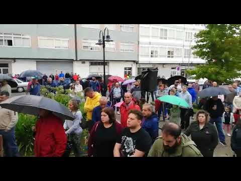 Arrancan los encierros para exigir la vuelta a la actividad en la térmica de As Pontes