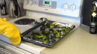 Sock-rocking-good Roasted Lemon Garlic Broccoli